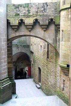Lâu đài Mont Saint Michel - Vẻ huyền bí khó cưỡng