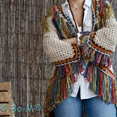 bo-m crochet kimonos Crochet Jacket, Crochet Cardigan, Crochet Shawl, Crochet Granny, Knit Crochet, Crochet Designs, Crochet Patterns, Boho Fashion Winter, Crochet Gifts
