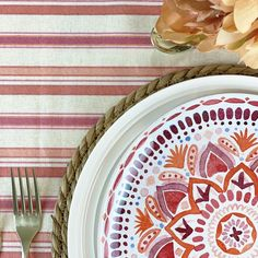 Ahhhhhh! When the weather warms up, decorating means easy summer tablescapes that elevates casual gatherings with friends and family, outdoor patios, and even become the centerpiece for other summer special celebrations. Waterproof Tablecloth, Spirit Of Summer, Red Orange Color, Summer Special, Floral Centerpieces, Simple Elegance, Tablescapes, Outdoor Patios, Plates