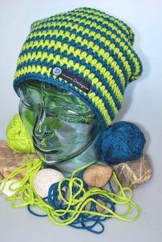 Beanie petrol - hellgrün gestreift von DaiSign auf DaWanda.com  wunderbare Beanie - Mütze - Wollmütze - Wintermütze - Häkelmütze - Strickmütze - Skimütze  - gestreift