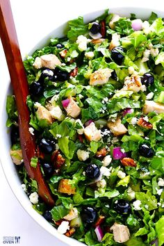 Blueberry Chicken Salad | gimmesomeoven.com #glutenfree