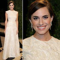 Allison Williams - vestido branco brocado - festa Vanity Fair