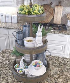 Creative Three Tier Stand Collections to Beautify Your Home Decor - DecOMG Tiered Server, Tiered Stand, Tier Tray, Galvanized Tiered Tray, Diy Osterschmuck, Hoppy Easter, Easter Décor, Easter Ideas, Easter Stuff
