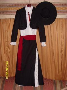 Traje típico chileno de gala Spanish, Traditional, Costumes, Clothes, Style, Templates, Briefs, Folklore, Suits