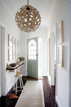 beautiful entrance | stylist: jo carmichael, photography: sam mcadam-cooper for homelife
