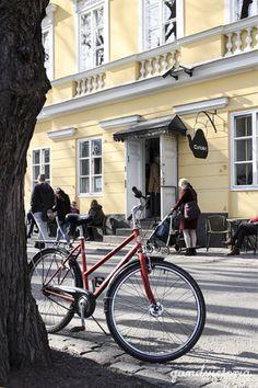 Café Art in Turku, Finland.   qandvictoria.wordpress.com