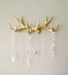 easy DIY jewelry holders, gold played DIY