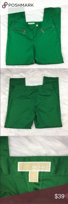 Michael Kors Kelly Green Skinny Pants Michael Michael Kors kelly green skinny pants. Size 6 with 9' rise and 31' inseam. GUC with small spot behind one knee. Most likely will come out with cleaning, it was from storing. Perfect for work or as a career piece. ❌No trades ❌ Modeling ❌No PayPal or off Posh transactions ❤️ I 💕Bundles ❤️Reasonable Offers PLEASE ❤️ MICHAEL Michael Kors Pants Skinny