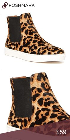 """🐆 Hi-Top Cheetah 🐆 Authentic Steve Madden """"Karlton"""" leopard print high top sneaker. Genuine cow fur. Great condition and worn less than five times (but not brand new). Size 7.5 fits size 8. Steve Madden Shoes Sneakers"""