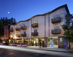 h2 Hotel / David Baker + Partners
