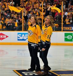 Carrie Underwood Photos Photos - Nashville Mayor Megan Barry and singer Carrie Underwood wave rally towels prior to Game Three of the Western Conference First Round between the Nashville Predators and the Chicago Blackhawks during the 2017 NHL Stanley Cup Playoffs at Bridgestone Arena on April 17, 2017 in Nashville, Tennessee. - Chicago Blackhawks v Nashville Predators - Game Three