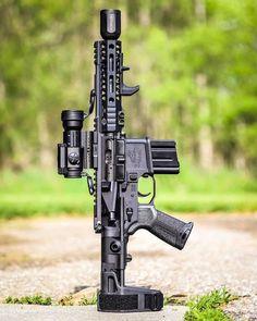 Weapons Guns, Guns And Ammo, Ar Pistol Build, Rainier Arms, Ar Rifle, Battle Rifle, Shooting Guns, Custom Guns, Military Guns
