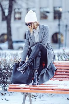 We'll show you the the winter style hacks of 2016/2017, the trends, and the essential accessories you'll need, plus a few outfit ideas to boot.