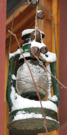 lantern in winter (on my front porch!)