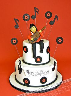 Elvis cake | Christine Pereira | Flickr