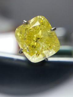 2.02carat Fancy Intense Yellow Color diamond