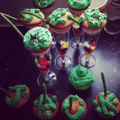 Jack and the beanstalk cupcakes