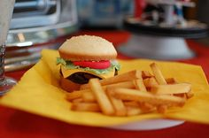 """Cupcake """"burger"""" & pound cake """"fries""""! Great idea for April Fool's Day!!!!"""