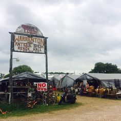 Merry Everything goes Antiquing:  How to Navigate your way through Warrenton and Round Top, Texas! See where to go, what to buy, and what to take! #junking #antiquing #warrenton #roundtop #vintagefinds #texasantiqueweek #merryeverythingfinds #guide #merryeverythinggoesantiquing