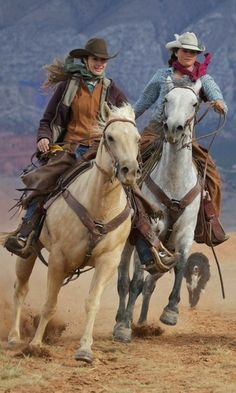 Cowgirl Cowgirl - Art Of Equitation Cowgirl And Horse, Cowboy And Cowgirl, Horse Girl, Horse Riding, Rodeo Cowboys, Real Cowboys, Cowboys And Indians, Westerns, Pretty Horses