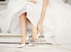 Bride in Manolo Blahnik Swan | photography by http://www.alicialaceyphotography.com/