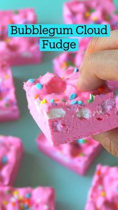 Fun Baking Recipes, Fudge Recipes, Sweet Recipes, Dessert Recipes, Easter Recipes, Easter Snacks, Easter Desserts, Candy Recipes, Rainbow Food