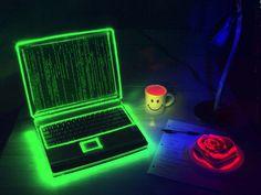 Rusya İçişleri Bakanlığı  ve Rus Güvenlik Servisi ortaklaşa düzenledikleri operasyonda üç yıl içinde internet sistemi vasıtası ile bankalardan yaklaşık 5 milyon dolar çalan hacker grubunun çökertti. Üyelerinin çoğunluğunu