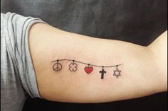 tatuagens trevo quatro folhas significado - Google Search