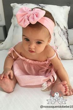 All About Home Safety and Your Baby Cute Little Baby, Baby Kind, Cute Baby Girl, Little Babies, Cute Babies, Cute Baby Pictures, Baby Photos, Beautiful Children, Beautiful Babies