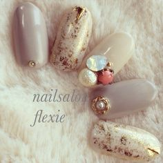 Opting for bright colours or intricate nail art isn't a must anymore. This year, nude nail designs are becoming a trend. Here are some nude nail designs. Elegant Nails, Classy Nails, Fancy Nails, Love Nails, Pretty Nails, Beautiful Nail Designs, Cute Nail Designs, Fabulous Nails, Perfect Nails