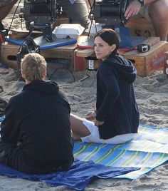 "Brian Van Holt Photos: Courteney Cox On Set Of ""Cougar Town"" 2"