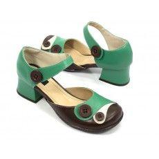 RETRÔ Zpz Shoes, Girls Best Friend, Peplum, Footwear, Bella, Fashion, Doll Shoes, Cute Shoes, Retro Shoes
