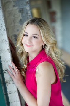 Hi I'm Chloe! I love to dance and sing. I am 14 years old. I used to dance for ALDC. I am kind and funny. Come say hi! Intro?