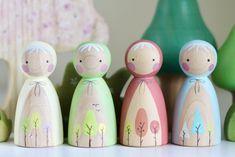Four Seasons Peepul | Peepul Peg Dolls | UK Stockist Peepul | Buy Peepul Here Wood Peg Dolls, Clothespin Dolls, Wooden Baby Toys, Wooden Pegs, Diy Craft Projects, Crafts For Kids, Craft Ideas, Children Crafts, Little Acorns