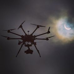 #octocopter #hexacopter #uav #drone #dji #s1000 #s900 #moon #moonlight #fullmoon by icarus… http://ift.tt/1MJw28M