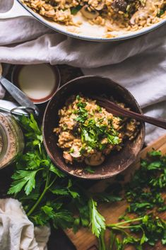 An brown rice mushroom risotto / miso paste - fannythefoodie rice recipes vegan, vegan dinner Rice Recipes Vegan, Vegan Recipes Videos, Vegan Dishes, Food Dishes, Vegetarian Recipes, Healthy Recipes, Healthy Food, Tahini, Mushroom Risotto