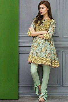 These 30 Pakistani Lawn suits will change all your perceptions about suits and Kurtis. Loaded with fresh designs and color, these Lawn suits Pakistani Fashion Casual, Pakistani Dresses Casual, Pakistani Dress Design, Indian Fashion, Pakistani Designers, Stylish Dresses For Girls, Simple Dresses, Casual Dresses, Women's Dresses