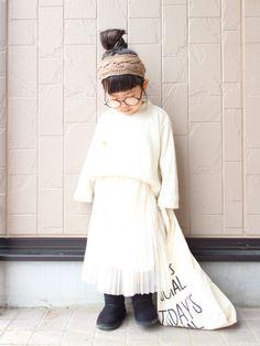 しろコーデ❄︎ 三つ編みみたいな編み柄のヘアバンド☺︎ 販売検討中だけど、需要あるかな、、