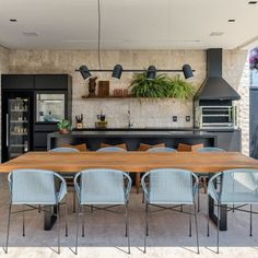 Gourmet balcony: 110 different spaces to be inspired - farmes Outdoor Kitchen Patio, Outdoor Kitchen Design, Kitchen Dining, Kitchen Decor, Home Design Decor, Küchen Design, House Design, Home Decor, Kitchen Room Design