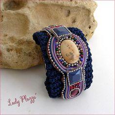 knit blue / beige stone jaspe bracelet Bracelet-Manchette Beige, Bracelets, Knitting, Stone, Etsy, Jasper, Stone Bracelet, Stones, Unique Jewelry