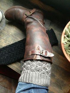 Autumn Hill Llamas & Fiber: First Knitting Pattern! Lace Leaf Legwarmers