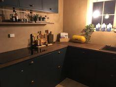 Endelig! Vi har nytt kjøkken! – ResidensSimonsen Kitchen Cabinets, Home Decor, Decoration Home, Room Decor, Kitchen Base Cabinets, Dressers, Kitchen Cupboards, Interior Decorating