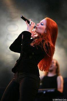 Simone Simons-EPICA
