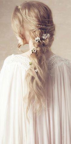 romantic blonde
