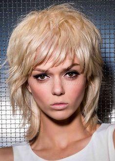 női+frizurák+félhosszú+hajból+-+félhosszú+női+frizura+