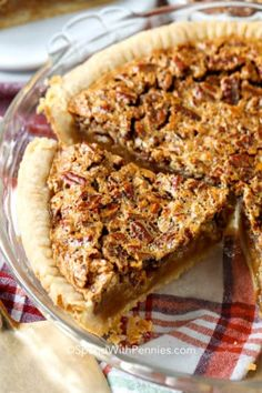 Classic Pecan Pie {Perfect for Fall - Cooking Hacks & Recipes - Thanksgiving Homemade Pecan Pie, Best Pecan Pie, Delicious Chocolate, Delicious Desserts, Dessert Recipes, Pecan Desserts, Mini Caramel Apples, Pecan Pie Filling, Pumpkin Pie Recipes