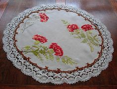 Em's Heart Antique Linens -Antique Society Silk Embroidered Tea Cloth Centerpiece