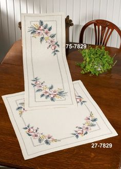 1 million+ Stunning Free Images to Use Anywhere Cross Stitch Bookmarks, Beaded Cross Stitch, Cross Stitch Rose, Cross Stitch Flowers, Christmas Embroidery Patterns, Embroidery Flowers Pattern, Embroidery Patterns Free, Embroidery Stitches, Cross Stitch Designs