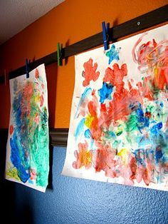 "(not for young kids to do but more for you to display their art work) IHeart Organizing: March Featured Space: Kids - Where ""Art"" Thou Clips"