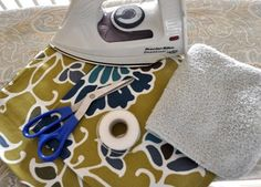 How to make no-sew pillow covers from napkins... Brilliant ! And way cheaper than buying covers or new pillows